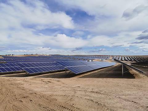 parque-fotovoltaico-escalonilla-Oeste